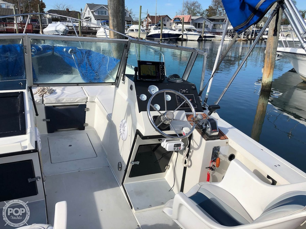 1987 Wellcraft boat for sale, model of the boat is 23 Sports Fisherman & Image # 14 of 40