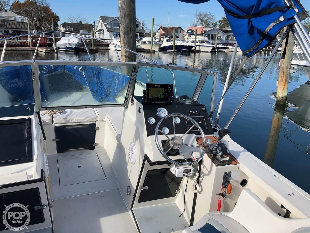 1987 Wellcraft boat for sale, model of the boat is 23 Sports Fisherman & Image # 13 of 40