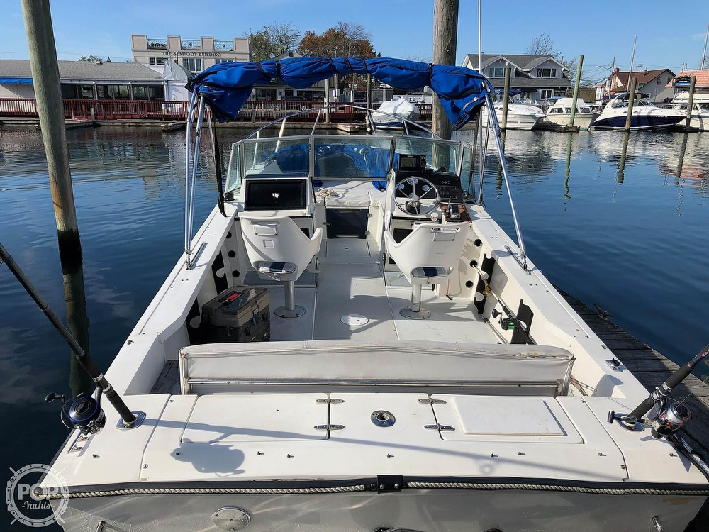 1987 Wellcraft boat for sale, model of the boat is 23 Sports Fisherman & Image # 3 of 40