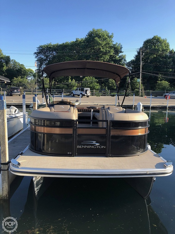 2019 Bennington boat for sale, model of the boat is G23 & Image # 2 of 4