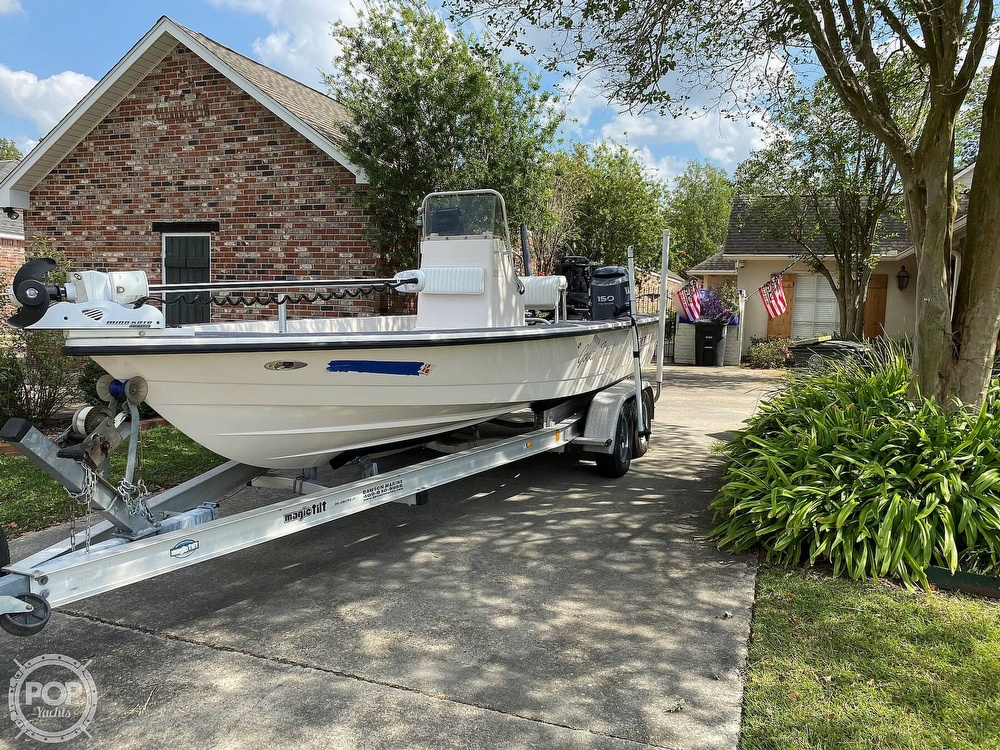2003 Pathfinder boat for sale, model of the boat is 2200 & Image # 2 of 40