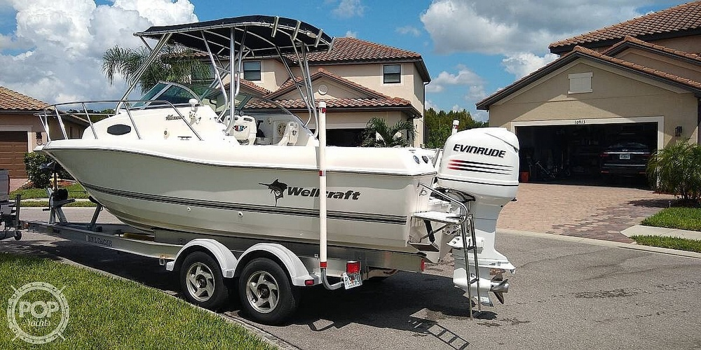 2002 Wellcraft boat for sale, model of the boat is 24 & Image # 2 of 40
