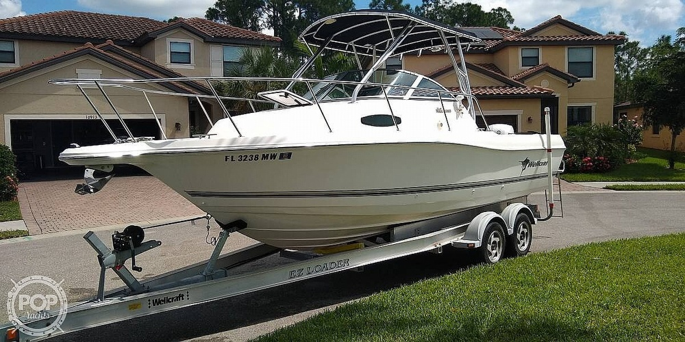 2002 Wellcraft boat for sale, model of the boat is 24 & Image # 3 of 40