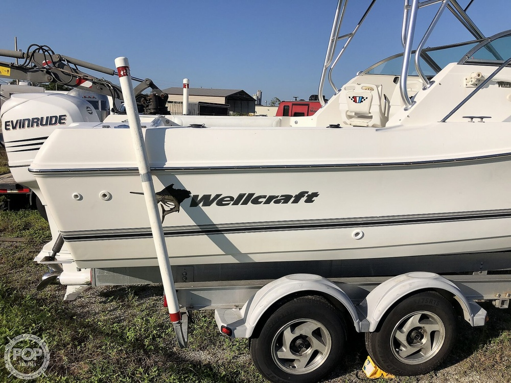 2002 Wellcraft boat for sale, model of the boat is 24 & Image # 28 of 40