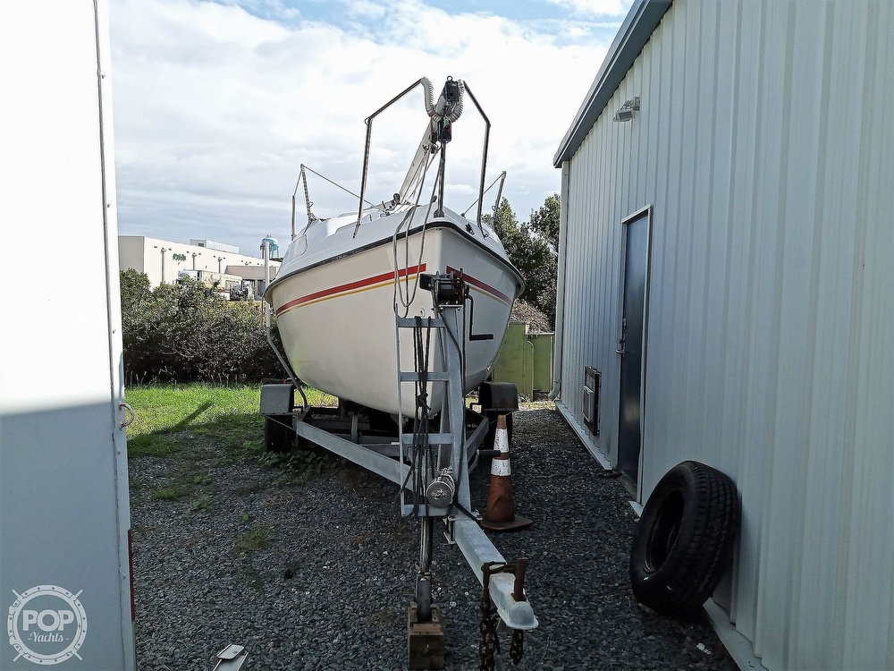 1994 Hunter boat for sale, model of the boat is 19 & Image # 3 of 41