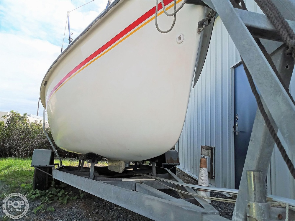 1994 Hunter boat for sale, model of the boat is 19 & Image # 4 of 41