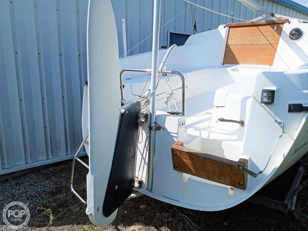 1994 Hunter boat for sale, model of the boat is 19 & Image # 6 of 41