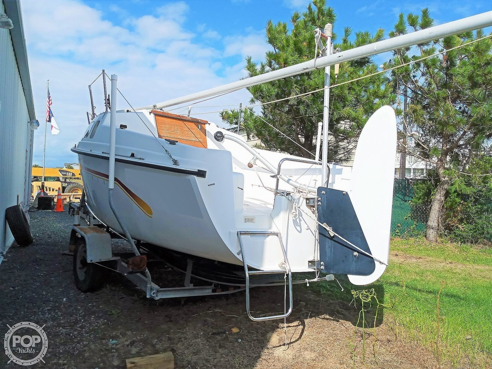 1994 Hunter boat for sale, model of the boat is 19 & Image # 13 of 41
