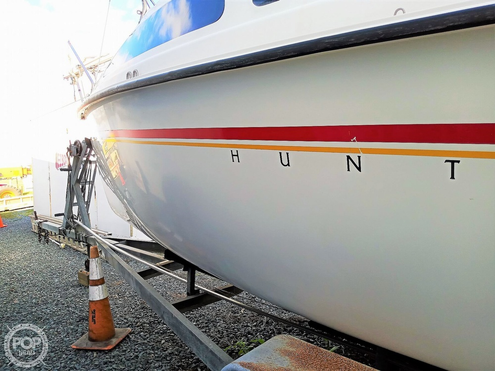 1994 Hunter boat for sale, model of the boat is 19 & Image # 17 of 41