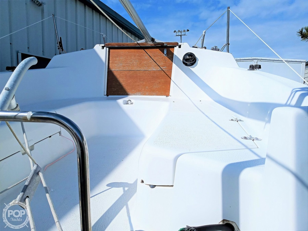 1994 Hunter boat for sale, model of the boat is 19 & Image # 25 of 41