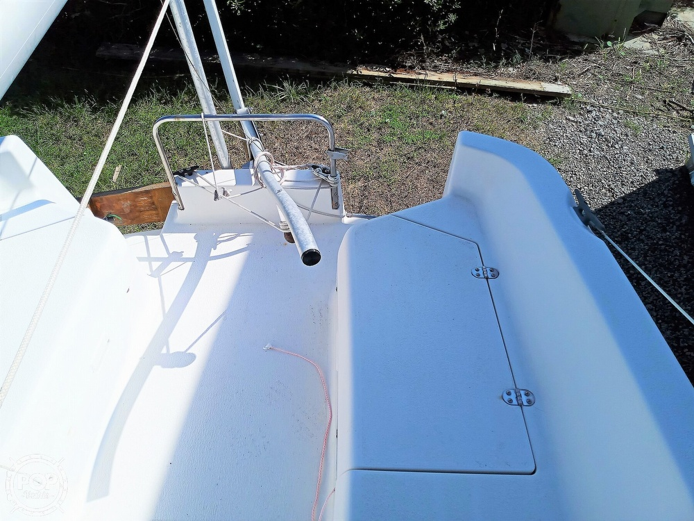 1994 Hunter boat for sale, model of the boat is 19 & Image # 31 of 41