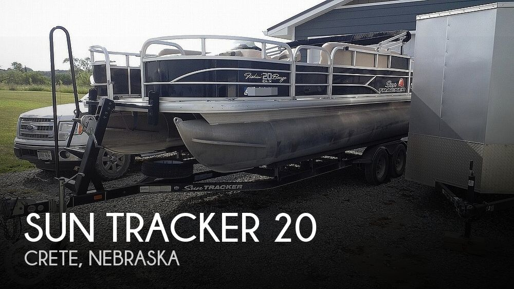 2016 Sun Tracker boat for sale, model of the boat is 20 DLX Fishing Barge & Image # 1 of 7