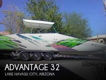 2000 Advantage boat for sale, model of the boat is 32 Victory & Image # 1 of 9