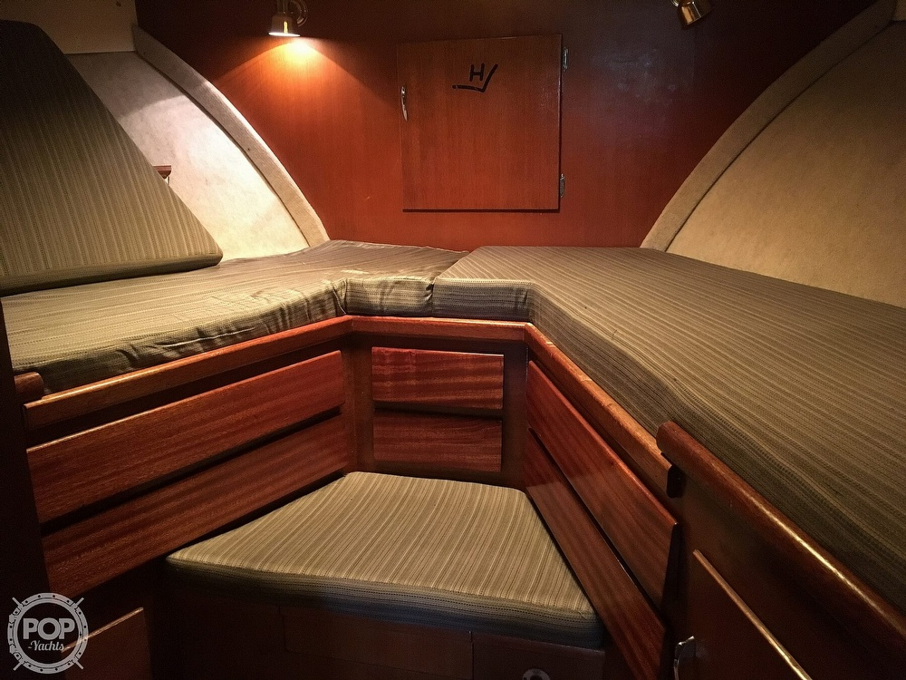 1967 Hatteras boat for sale, model of the boat is 41' Convertible & Image # 16 of 40