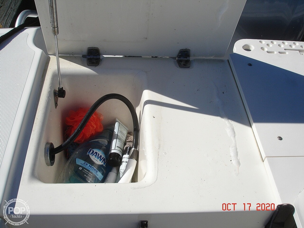 2006 Pursuit boat for sale, model of the boat is 3070 Offshore & Image # 22 of 40