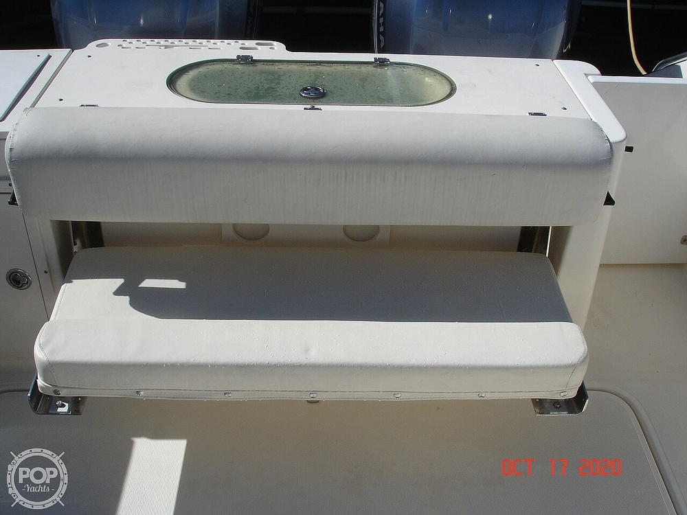 2006 Pursuit boat for sale, model of the boat is 3070 Offshore & Image # 28 of 40