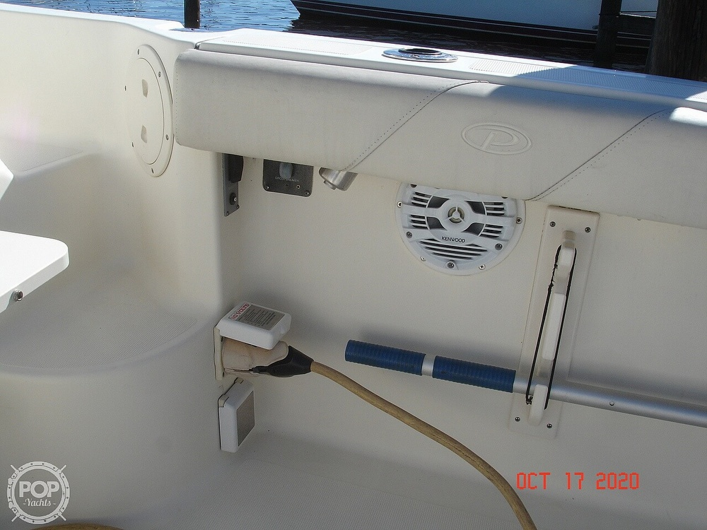 2006 Pursuit boat for sale, model of the boat is 3070 Offshore & Image # 35 of 40
