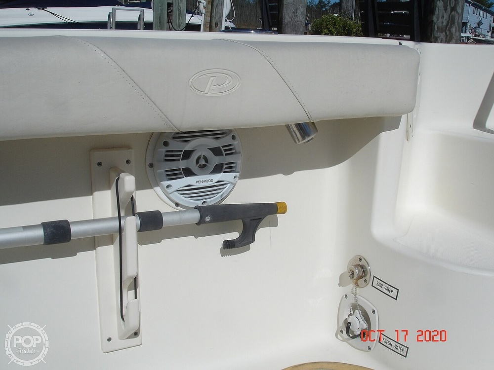 2006 Pursuit boat for sale, model of the boat is 3070 Offshore & Image # 37 of 40