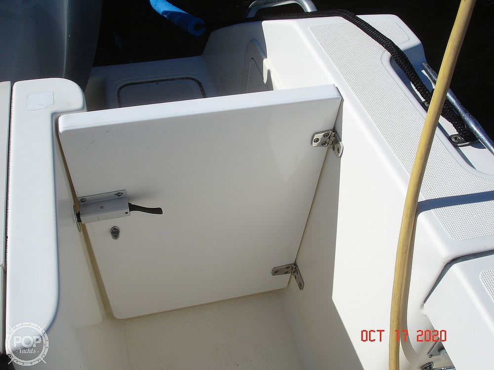 2006 Pursuit boat for sale, model of the boat is 3070 Offshore & Image # 38 of 40