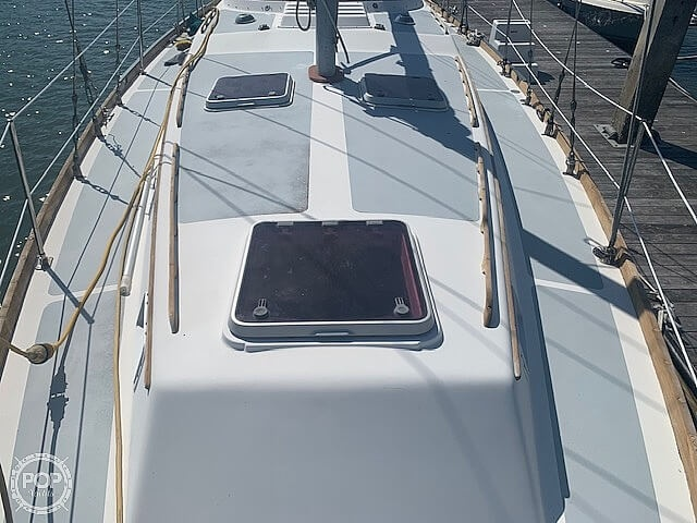 1977 Gulfstar boat for sale, model of the boat is G50 & Image # 33 of 40