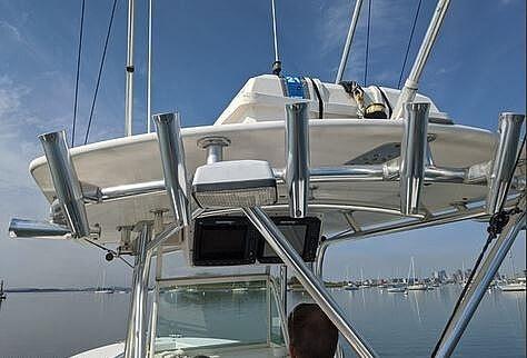 2004 Regulator Marine boat for sale, model of the boat is 32 & Image # 7 of 40