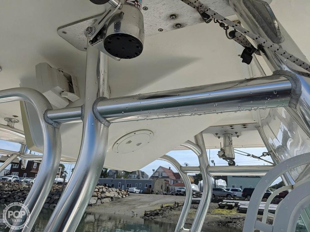 2004 Regulator Marine boat for sale, model of the boat is 32 & Image # 12 of 40