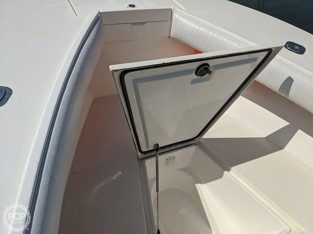 2004 Regulator Marine boat for sale, model of the boat is 32 & Image # 24 of 40