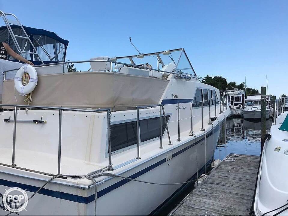 1981 Chris Craft boat for sale, model of the boat is 381 Catalina & Image # 9 of 40
