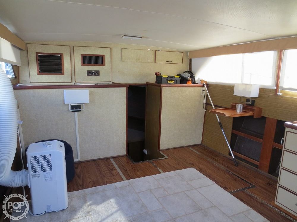1981 Chris Craft boat for sale, model of the boat is 381 Catalina & Image # 21 of 40