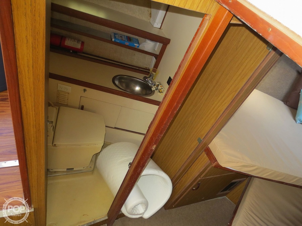 1981 Chris Craft boat for sale, model of the boat is 381 Catalina & Image # 35 of 40