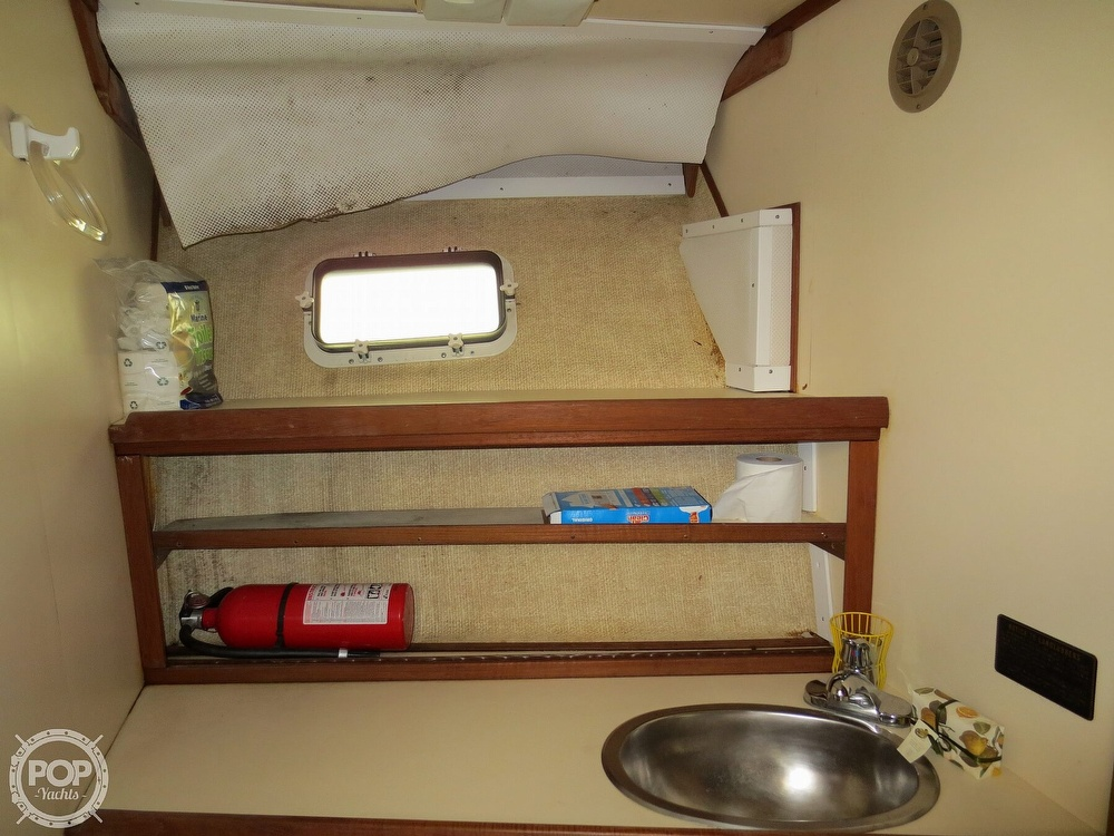 1981 Chris Craft boat for sale, model of the boat is 381 Catalina & Image # 38 of 40