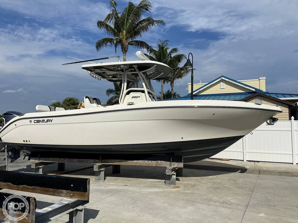 2015 Century boat for sale, model of the boat is 2901 CC & Image # 19 of 40