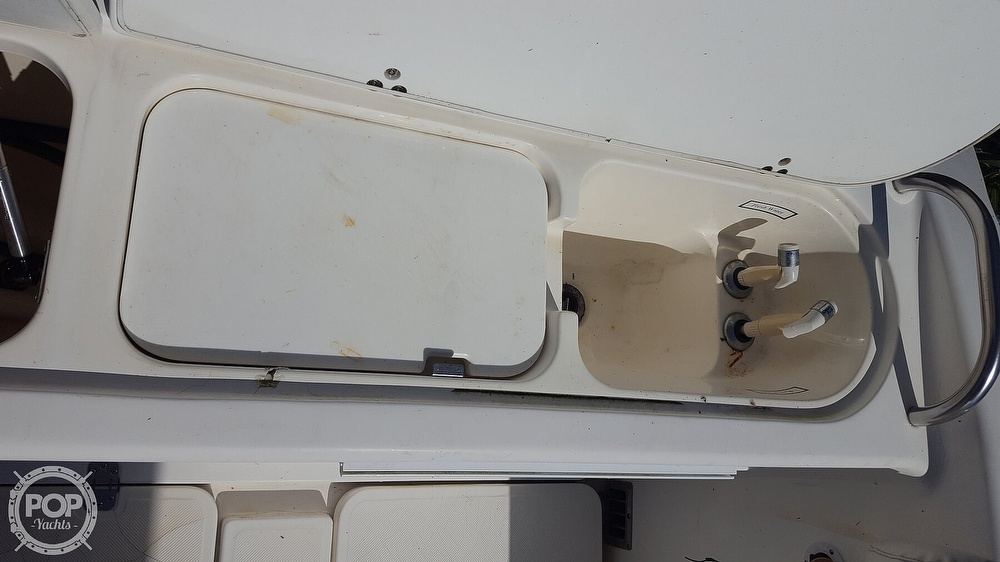 2002 Century boat for sale, model of the boat is 3200 & Image # 24 of 40
