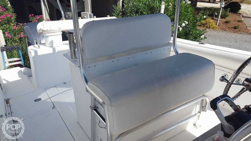 2002 Century boat for sale, model of the boat is 3200 & Image # 25 of 40