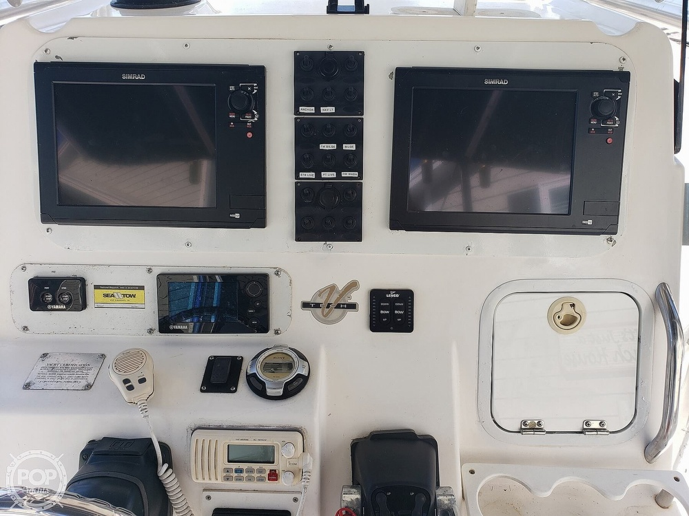 2002 Century boat for sale, model of the boat is 3200 & Image # 29 of 40