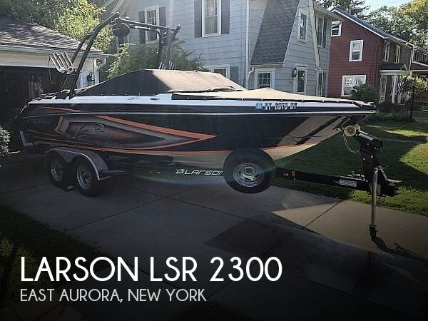 Used Ski Boats For Sale in New York by owner | 2016 Larson LSR 2300