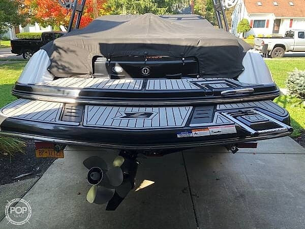 2016 Larson boat for sale, model of the boat is LSR 2300 & Image # 7 of 41