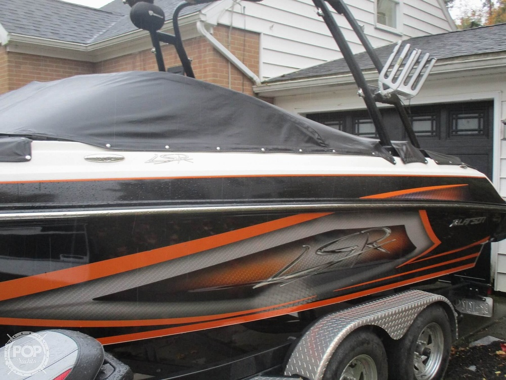 2016 Larson boat for sale, model of the boat is LSR 2300 & Image # 36 of 41