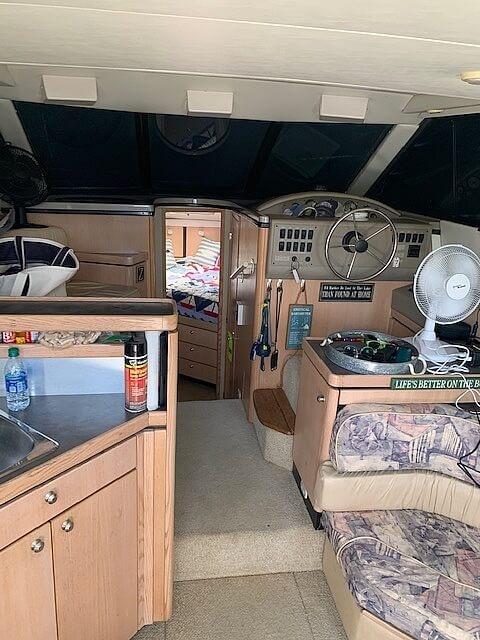 1997 Bayliner boat for sale, model of the boat is 3258 Avanti Flybridge & Image # 5 of 41