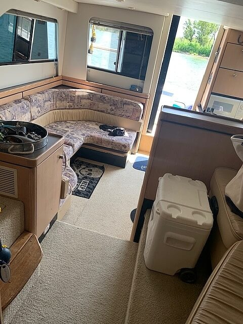1997 Bayliner boat for sale, model of the boat is 3258 Avanti Flybridge & Image # 6 of 41
