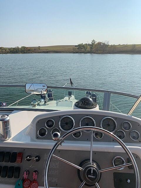 1997 Bayliner boat for sale, model of the boat is 3258 Avanti Flybridge & Image # 10 of 41
