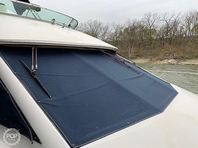 1997 Bayliner boat for sale, model of the boat is 3258 Avanti Flybridge & Image # 18 of 41