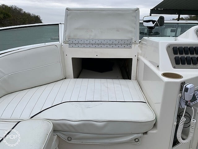 1997 Bayliner boat for sale, model of the boat is 3258 Avanti Flybridge & Image # 26 of 41