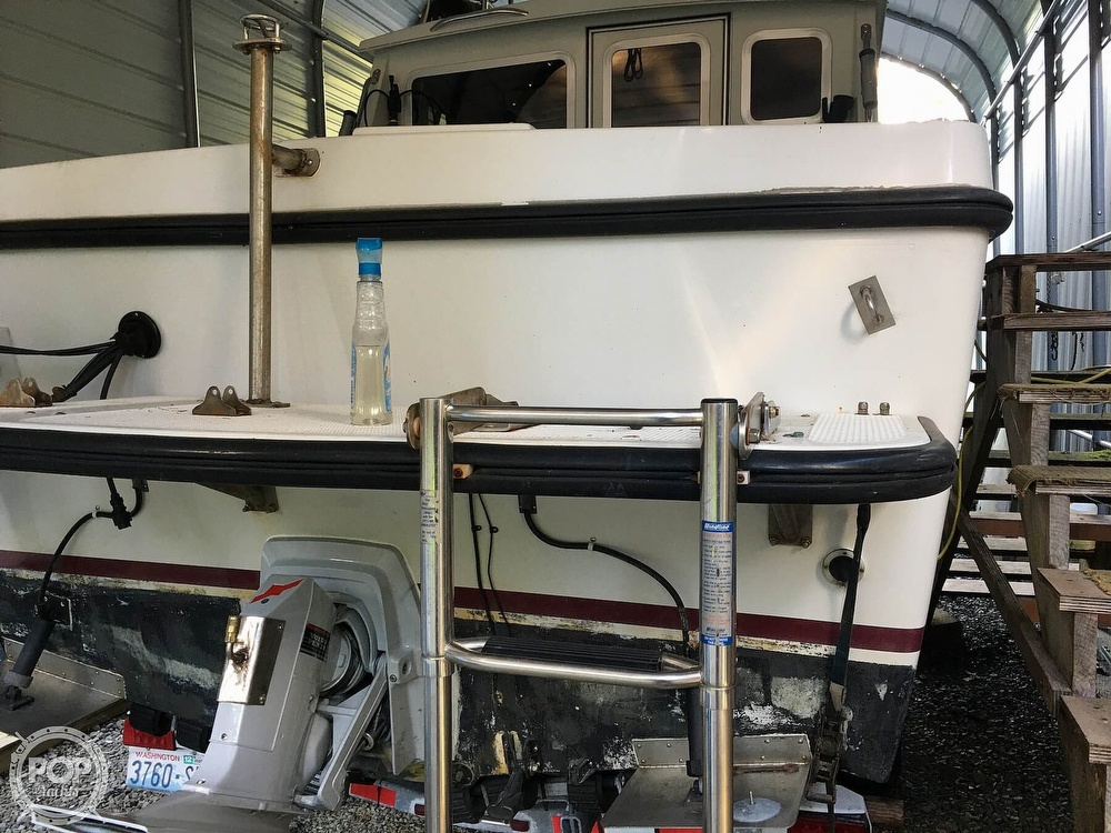 1994 Seasport boat for sale, model of the boat is Navigator 2700 & Image # 12 of 25