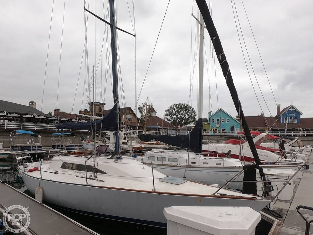 1984 Farr boat for sale, model of the boat is 33 & Image # 6 of 40
