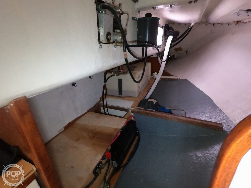 1984 Farr boat for sale, model of the boat is 33 & Image # 22 of 40
