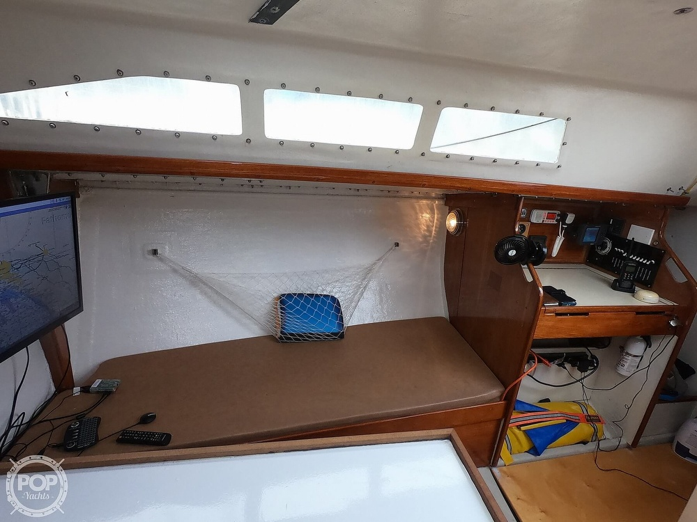 1984 Farr boat for sale, model of the boat is 33 & Image # 23 of 40