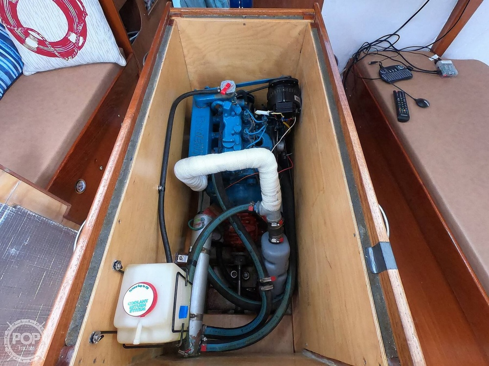1984 Farr boat for sale, model of the boat is 33 & Image # 30 of 40