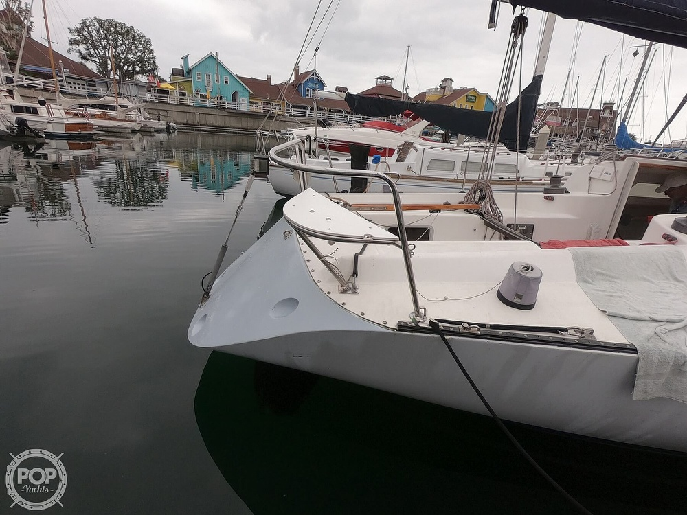 1984 Farr boat for sale, model of the boat is 33 & Image # 32 of 40