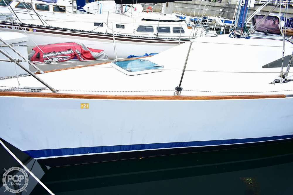 1984 Farr boat for sale, model of the boat is 33 & Image # 37 of 40